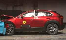 Кроссовер Mazda CX-30 блеснул в тестах Euro NCAP