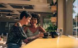Cercetătorii: zîmbetul reduce stresul