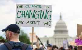 1% dintre cei mai bogați oameni produc de două ori mai multe emisii de CO2 decît 50% dintre cei mai săraci oameni