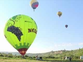 Cerul de la Orheiul Vechia fost împînzit de baloane cu aer cald (VIDEO)