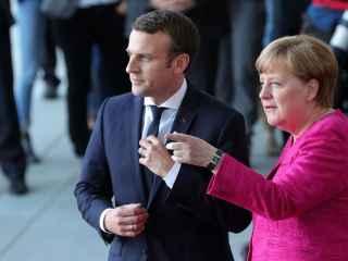 Merkel și Macron au fost sursprinși într-un bar (VIDEO)