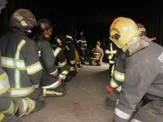 Pompieri din Moldova, băgați la temperaturi de peste 900 de grade Celsius (VIDEO)