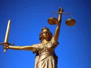 De unde facem rost de procurori și judecători integri?