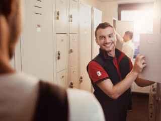 La Kaufland angajații beneficiază de zile libere plătite, tichete de masă și abonamente la sport