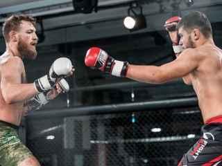 Un moldovean este antrenat pentru a doua sa luptă profesională MMA de însuși Connor McGregor (VIDEO)
