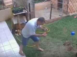 Un bărbat a vrut să scape de gîndaci, dar și-a aruncat grădina în aer (VIDEO)