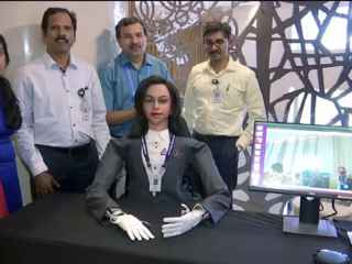 India va trimite în spațiu un robot umanoid (VIDEO)