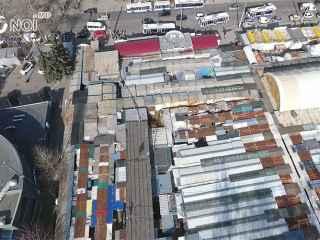 Piețele din Chișinău, de la înălțime. Cartiere sărăcăcioase în mijlocul unui megapolis (VIDEO)