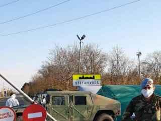 Около 400 военнослужащих патрулируют общественные места, парки и зоны отдыха в Кишинёве, Бельцах и Кагуле