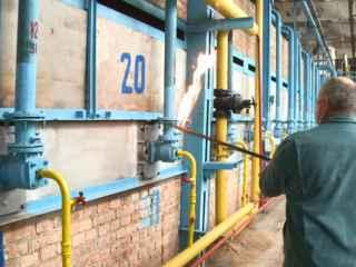Fabrica de cărămidă din Chirca a aprins focul în sobă