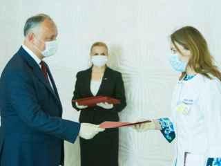 """Diplome de Onoare pentru medicii de la spitalul """"Valentin Ignatenco"""""""