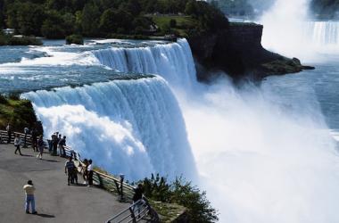 noi-imagini-uimitoare-cu-cascada-niagara