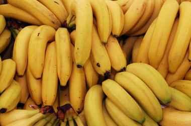 descoperirea-angajatilor-a-unui-supermarket-intr-o-cutie-cu-banane