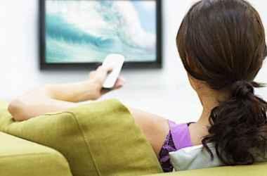 neskoliko-dvizhenij-kotorye-pomogut-vam-ne-ocepeneti-pered-televizorom