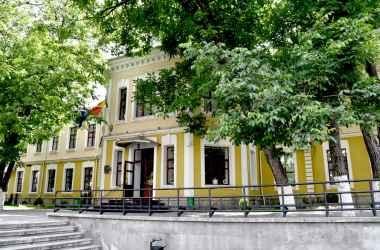 mai-multe-cladiri-istorice-urmeaza-sa-fie-iluminate-decorativ
