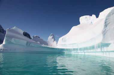 issledovanie-iz-za-odnogo-gradusa-potepleniya-antarktida-podnimet-morya-na-metry