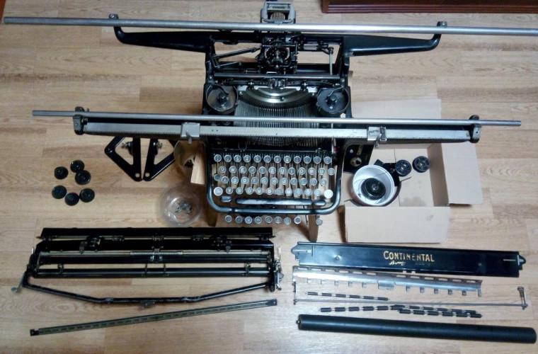 Подросток из Флориды заработал десятки тысяч долларов на ремонте пишущих машинок