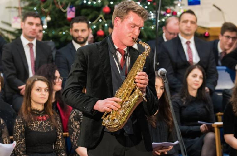 Revelație muzicală cu saxofonistul moldovean stabilit în Anglia (FOTO)