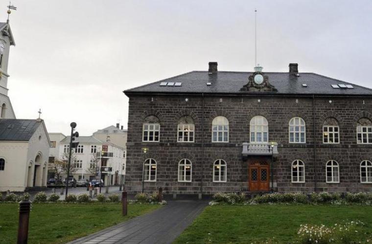 Guvern nou în Islanda ar putea conduce ţara către UE