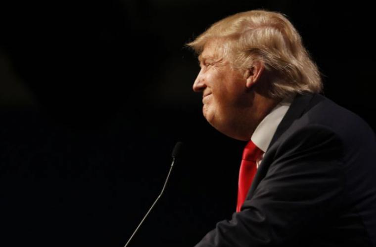 """CNN răspunde la acuzațiile lui Donald Trump că publică """"știri false"""""""
