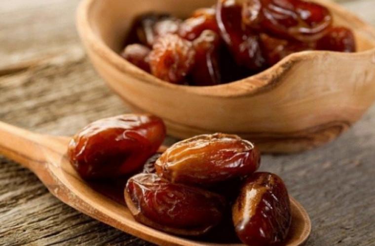 7 продуктов, которые полезнее есть с косточками