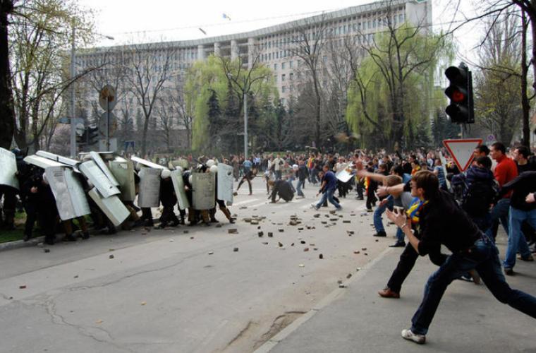 Indemnizațiile pentru persoanele participante la protestul din 7 aprilie 2009, amînate