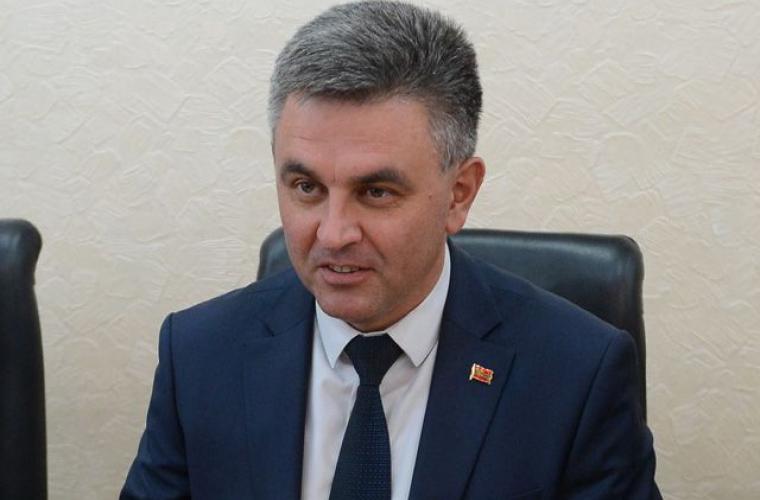 Krasnoselski a solicitat ajustarea cursului oficial al rublei la cursul de piaţă