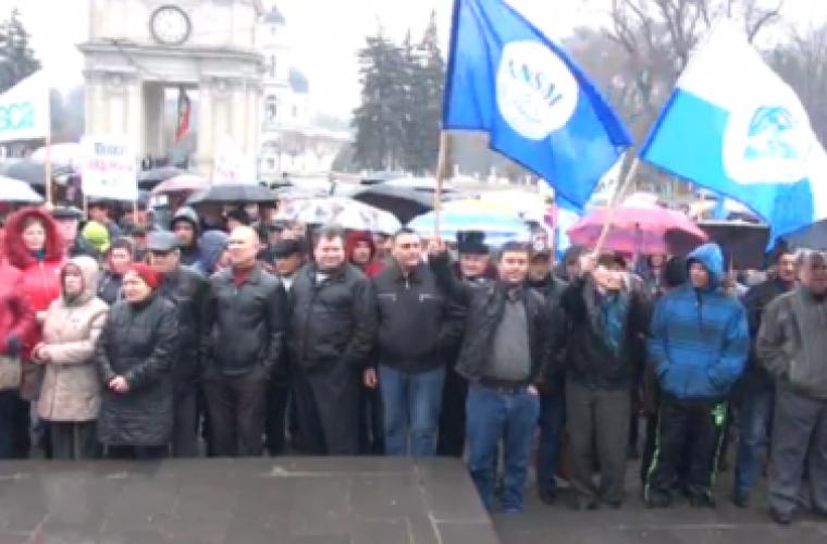 Protest la Guvern: Angajații Caii Ferată cer achitarea restanțelor salariale