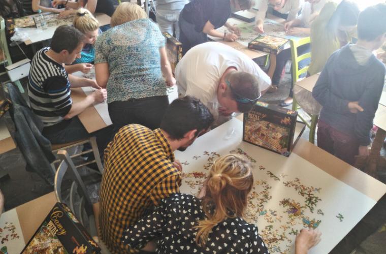 Pasionații de puzzle-uri își dau întîlnire la un nou campionat