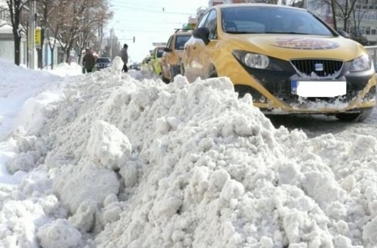 Таксисты в три раза увеличили плату за проезд!