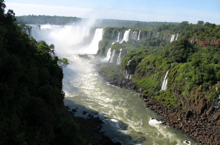 Lista țărilor cu cea mai bogată natură