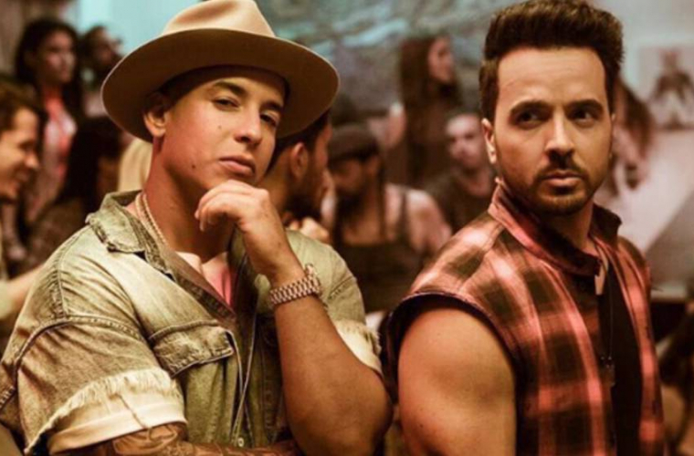 """""""Despacito"""", prima piesă latino ajunsă №1 în SUA după 20 de ani (VIDEO)"""