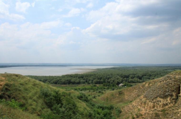 Lacul Beleu – o frumusețe uluitoare (VIDEO)