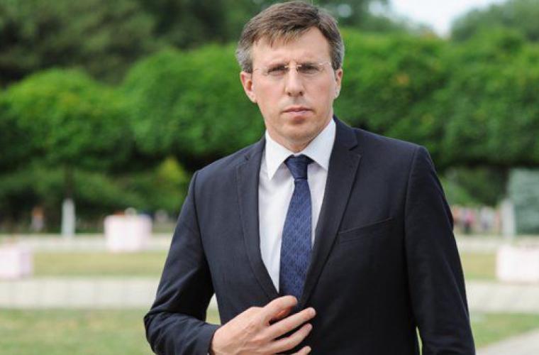 UPDATE Chirtoacă a fost reținut și escortat la sediul CNA (VIDEO)