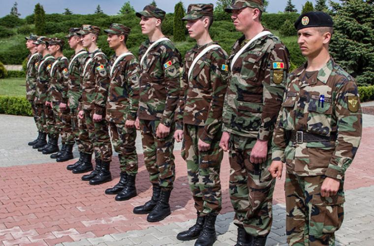 Militari decoraţi cu diplome