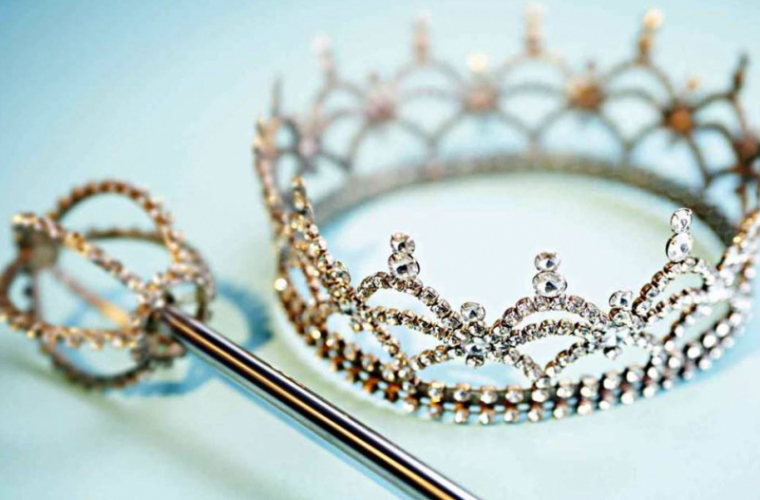 Locuri de top pentru moldovence la Miss Continental UK