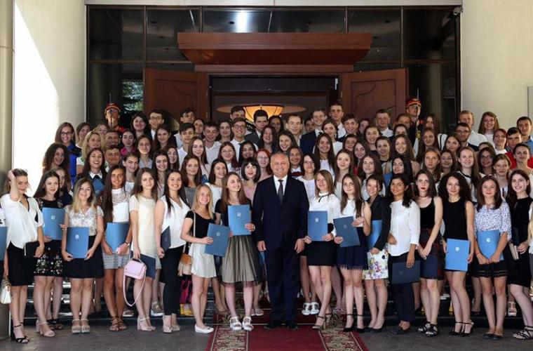 ВМолдове вскором времени будет новое руководство: президент одобрил реформу