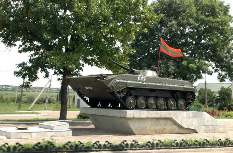 Как шантажировать Запад «русскими танками»