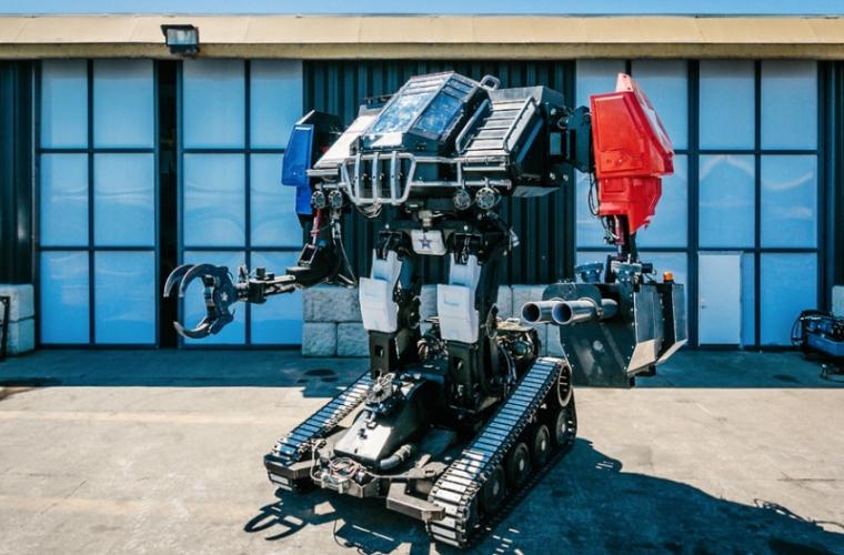 În SUA a fost creat un robot de luptă de 12 tone (VIDEO)