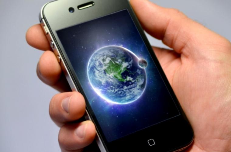 Numărul utilizatorilor de Internet mobil în creștere