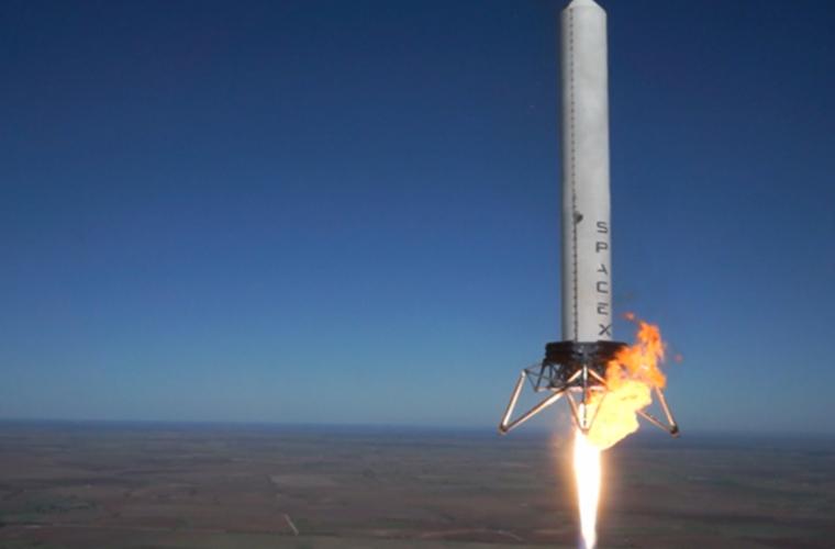 SpaceX a lansat cu succes un avion spațial secret (FOTO/VIDEO)
