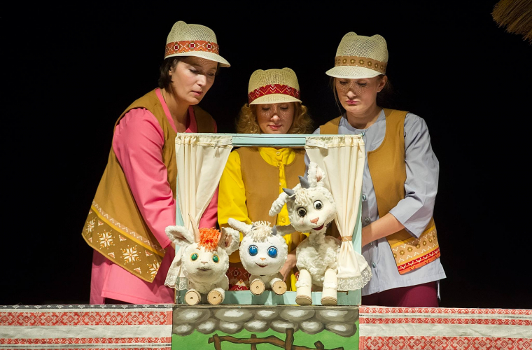 Spectacole pentru copiii moldovenilor din diasporă