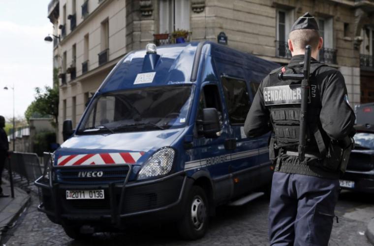Un agent i-a trimis din greșeală un mesaj jihadistului pe care îl urmărea