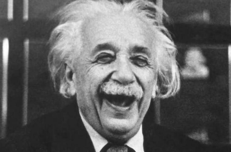 """""""Scrisori de fericire"""" ale lui Einstein, vîndute la licitație"""