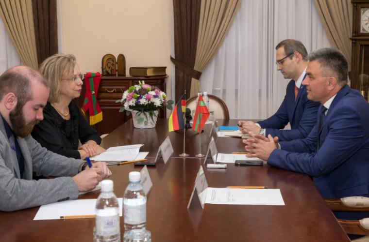Ce a discutat ambasadoarea Germaniei în Moldova cu liderul de la Tiraspol