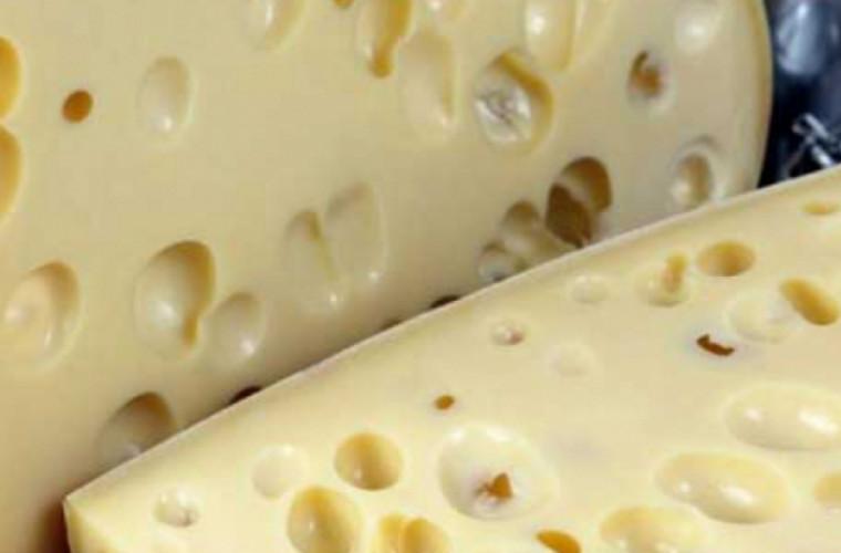 De ce este bine să consumi emmentaler, brînza minune