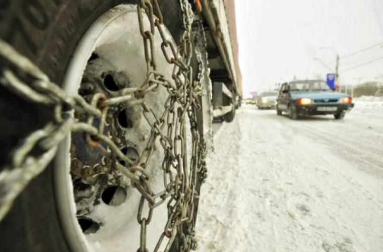 Conducătorii auto, obligați să schimbe anvelopele de vară în funcție de starea vremii