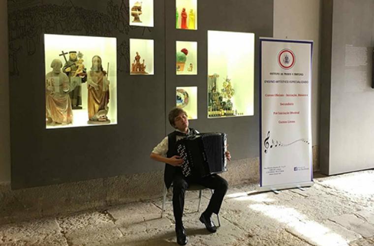 Un moldovean este cvadruplu campion al Portugaliei la acordeon (VIDEO, FOTO)