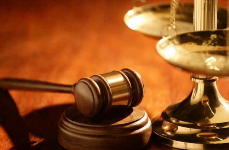 O italiancă l-a dat în judecată pe soțul său prea tăcut