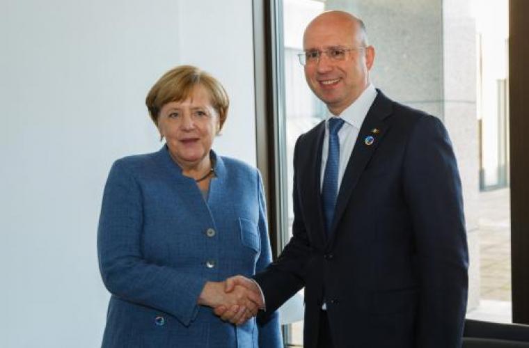 Filip s-a întîlnit cu Merkel